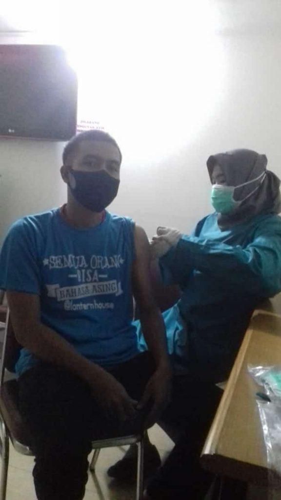 vaksinasi covid-19 di rumah sakit natar medika